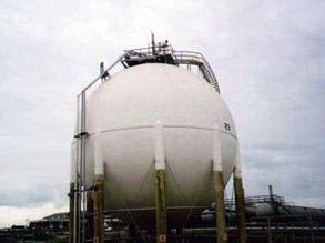 Gas sphere insulation re-encapsulated using Belzona 3211 (Lagseal)